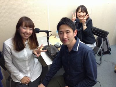 NOZOMIさん(左)と特別ゲストのshigeさん(中央)